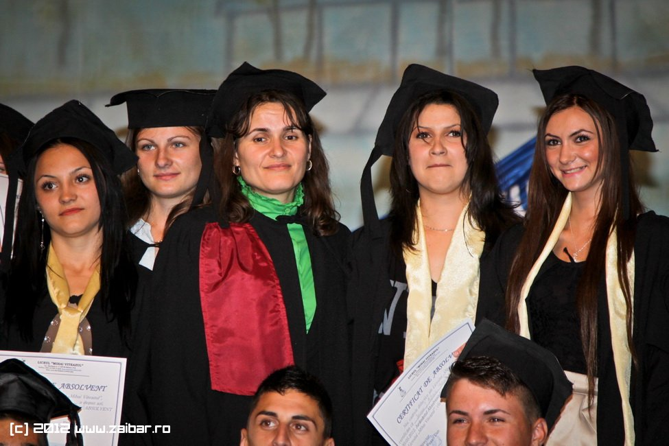seara-absolventuli-lmv-2012-046