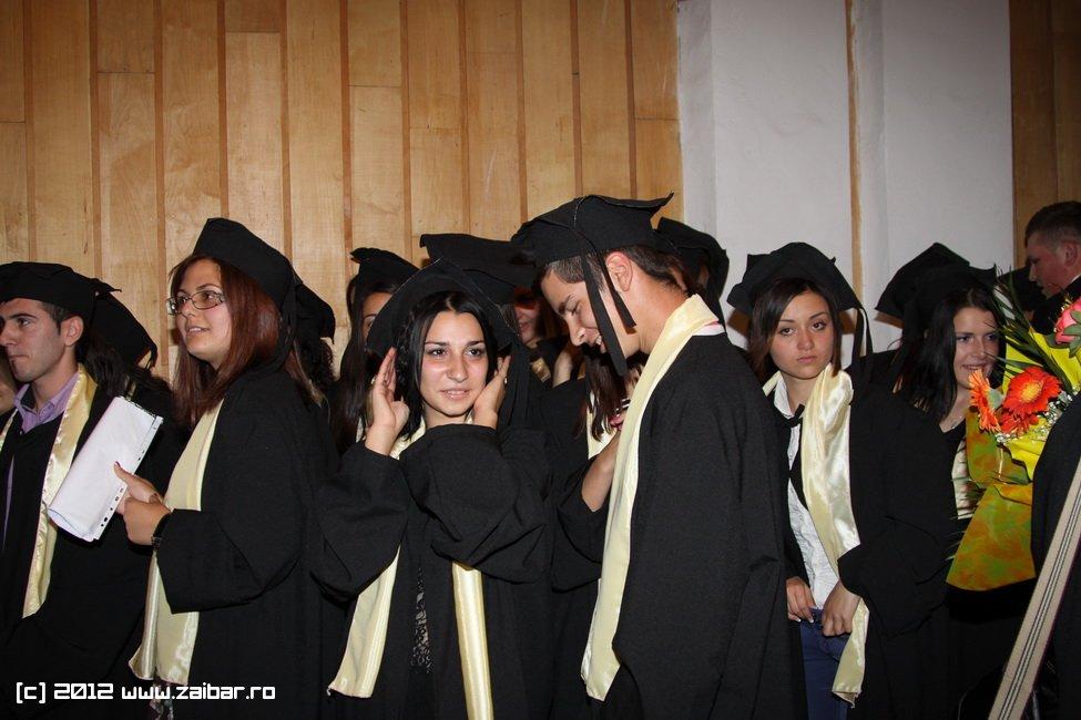 seara-absolventuli-lmv-2012-049