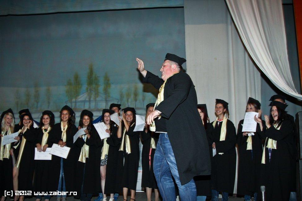 seara-absolventuli-lmv-2012-055