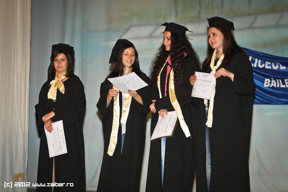 seara-absolventuli-lmv-2012-062