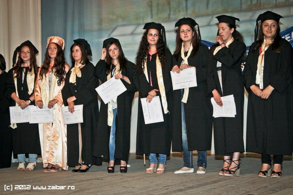 seara-absolventuli-lmv-2012-063