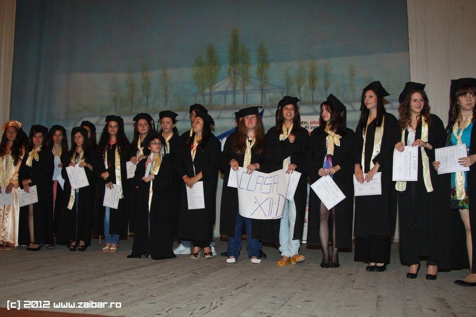 seara-absolventuli-lmv-2012-065