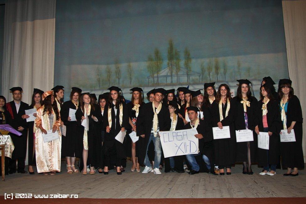 seara-absolventuli-lmv-2012-074