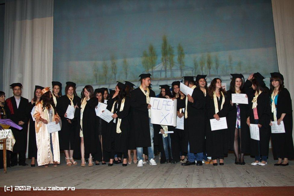 seara-absolventuli-lmv-2012-075