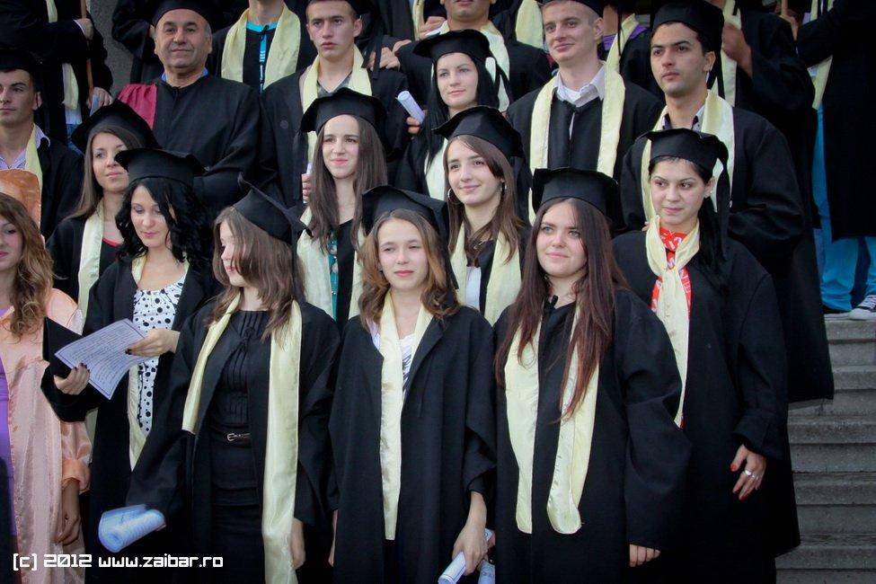 seara-absolventuli-lmv-2012-078