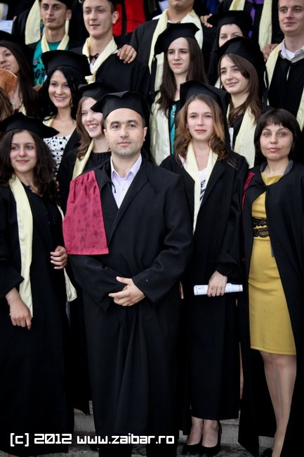 seara-absolventuli-lmv-2012-085