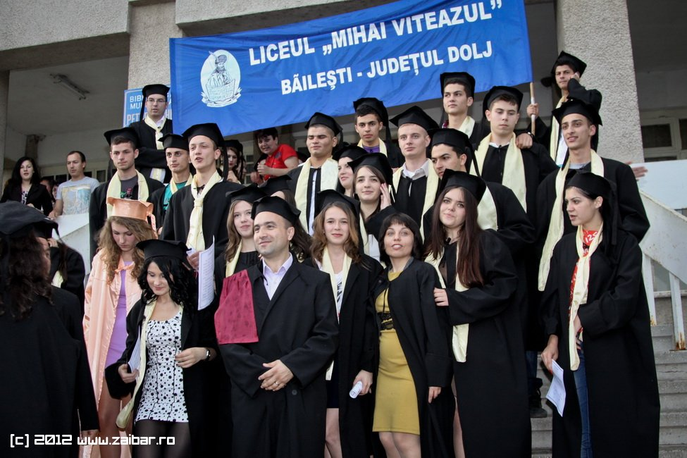 seara-absolventuli-lmv-2012-086