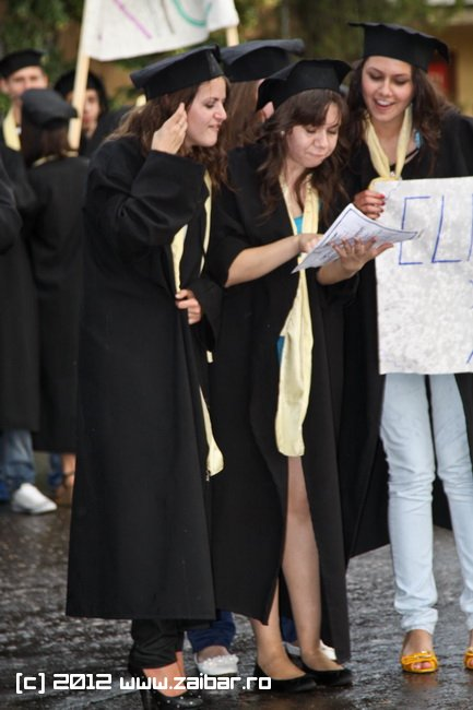 seara-absolventuli-lmv-2012-097