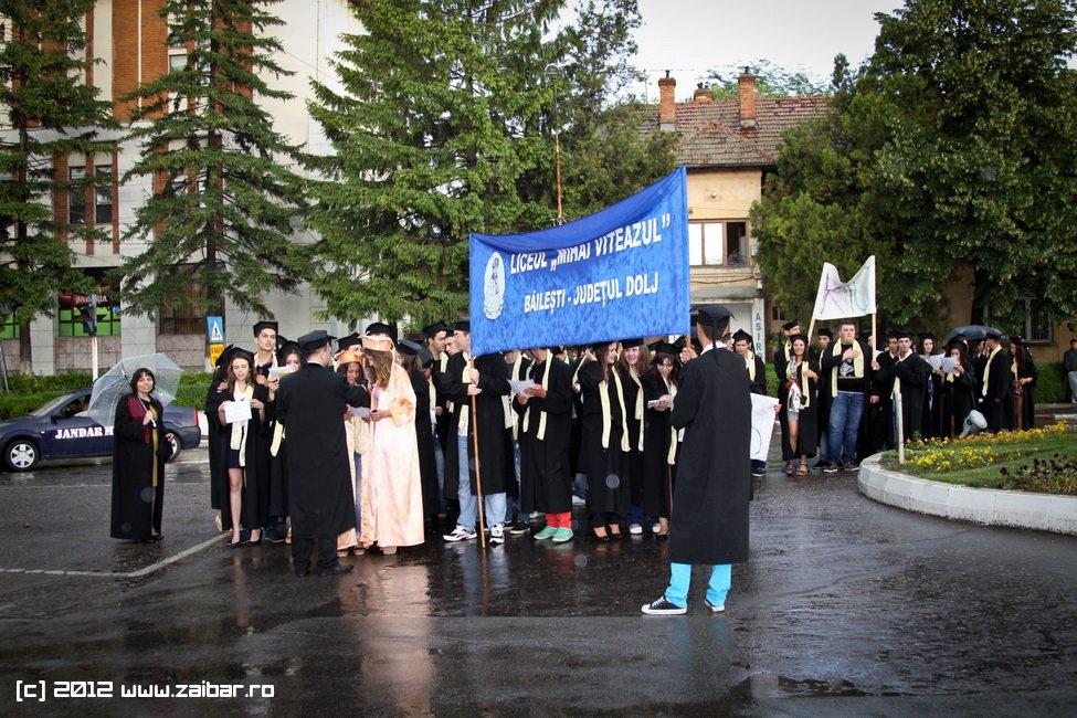 seara-absolventuli-lmv-2012-098