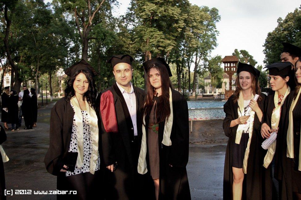 seara-absolventuli-lmv-2012-117