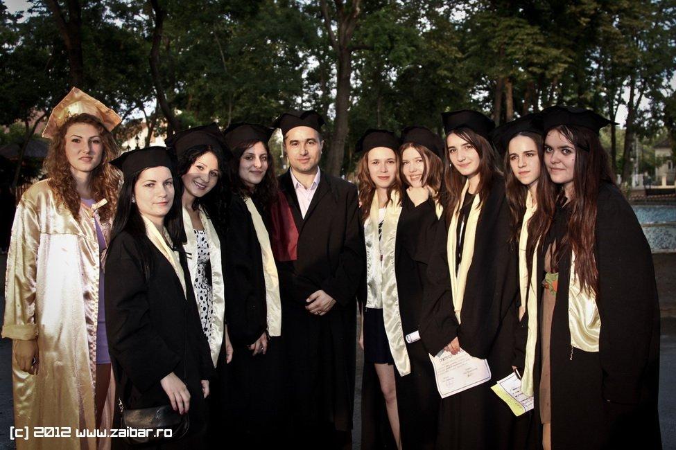seara-absolventuli-lmv-2012-118