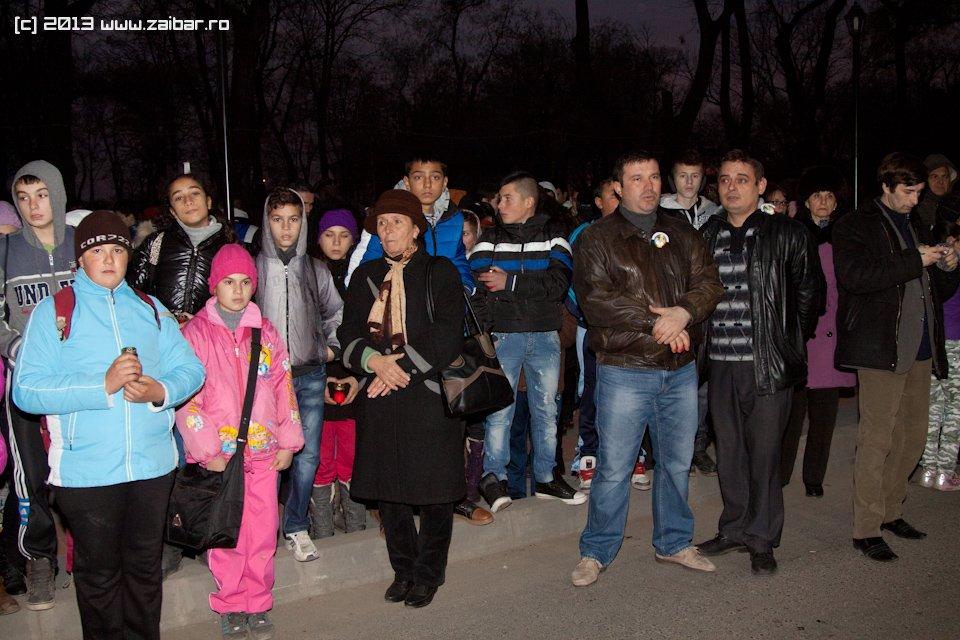 bailesti-sirul-luminii-2013-12