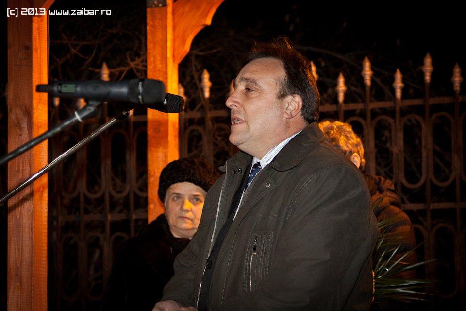 bailesti-sirul-luminii-2013-25