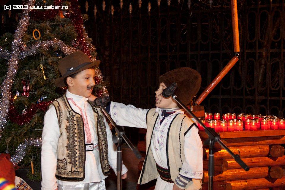 bailesti-sirul-luminii-2013-27